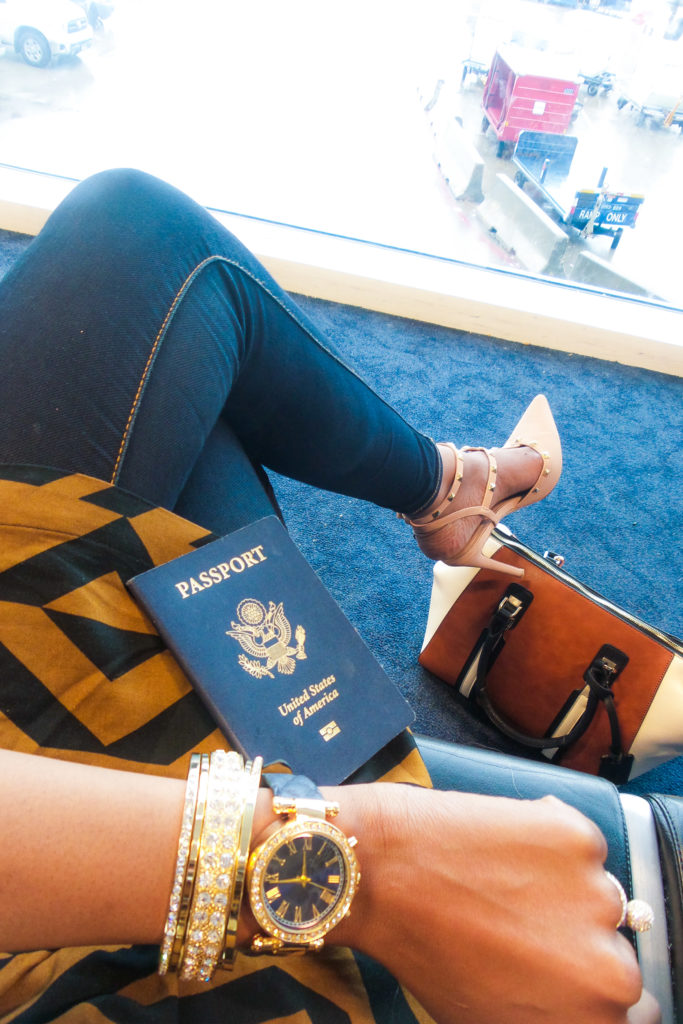 Airport fashion by popular Dallas travel and fashion blogger Foreign Fresh & Fierce
