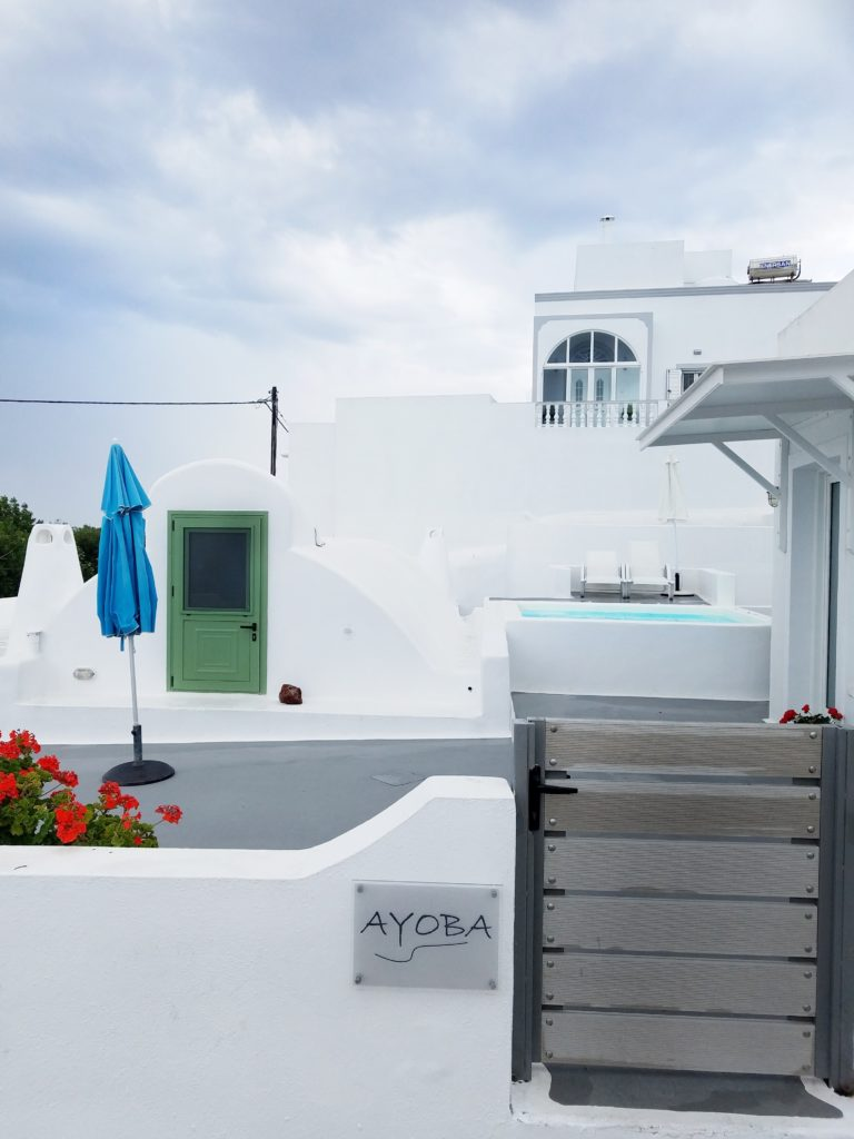Where to Stay: Ayoba Santorini by popular Dallas travel blogger Foreign Fresh & Fierce