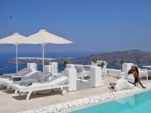 Above Blue Suites - Imerovigli Santorini Greece